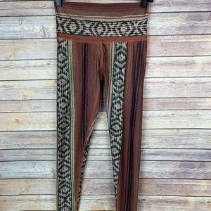 Teeki Hot Pant Border Towns Red Printed Legging